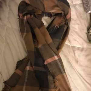 Cute scarf from madewell